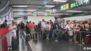 Турски хакери твърдят, ча са виновни за срива в системата на летището във Виена