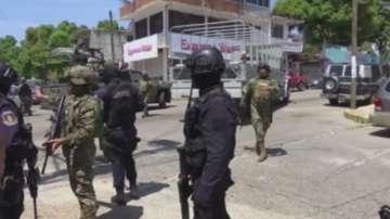 Армията замени полицията в Акапулко