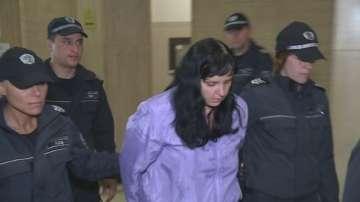 Отново отложиха делото срещу акушерката Емилия Ковачева
