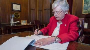 Американският щат Алабама забранява абортите