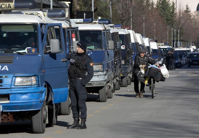 протест пътните такси албания премина насилие