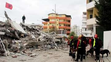Събират помощи за засегнатите от земетресението в Албания