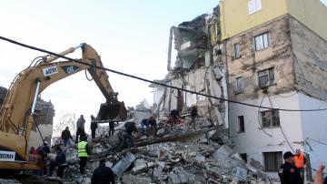 21 са жертвите на земетресението в Албания