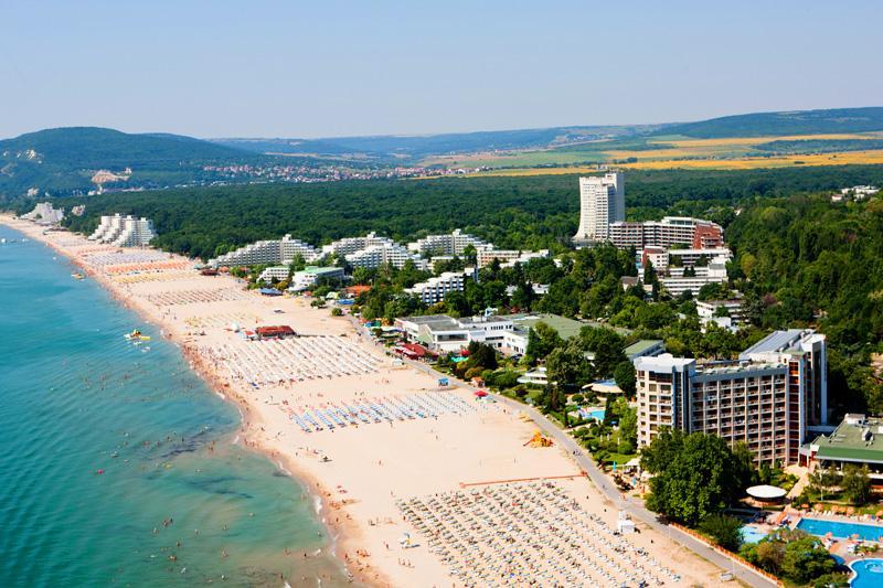 хотелиери водят регистър туристите централизирана система