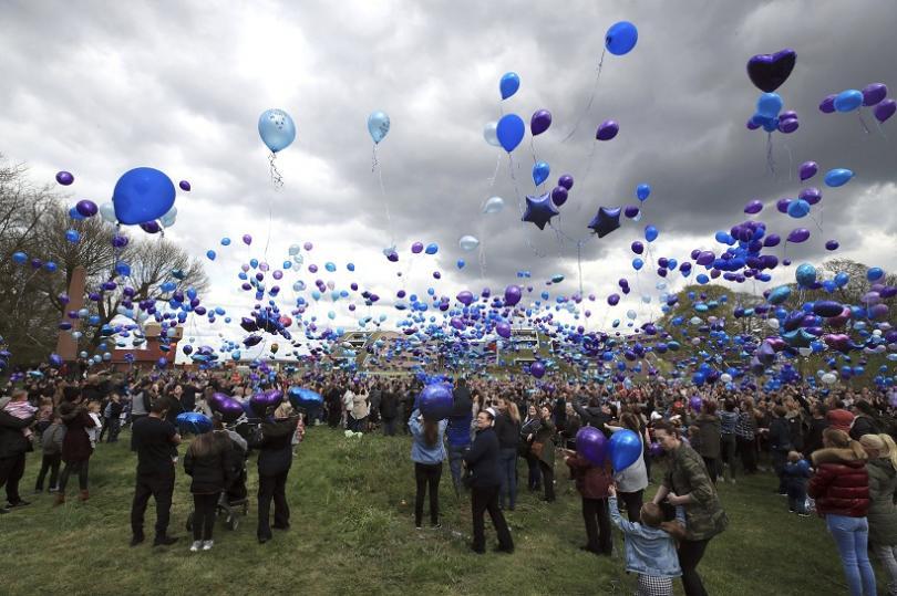 снимка 3 Дете в Ливърпул почина, след като съдът спря животоподдържащите му системи