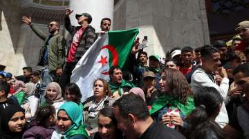 Президентски избори в Алжир ще се проведат на 4 юли