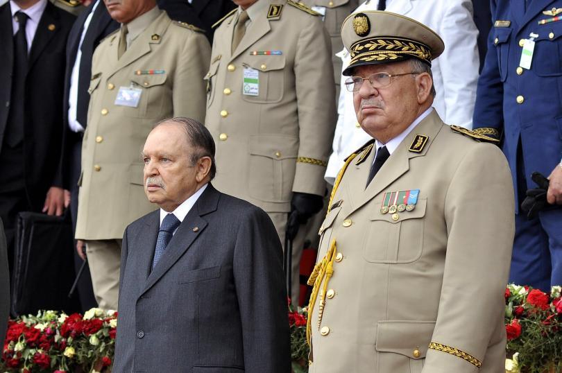 Началникът на щаба на алжирската армия генерал Ахмед Салах поиска