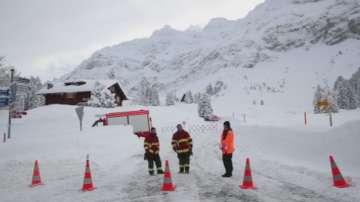 Висока е лавинната опасност в Алпите