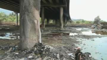 Обвиниха собственика на депото за отпадъци, запалили се под АМ Струма