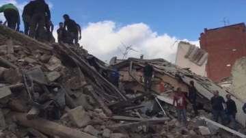 От нашия пратеник в Италия: Хората приютяват останалите без покрив след труса