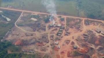 В Бразилия е създаден кризисен щаб заради пожарите в Амазония