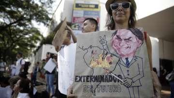 Протестиращи поискаха повече усилия срещу пожарите в Бразилия