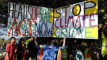 Продължават протестите срещу мерките за борба с пожарите в Амазония