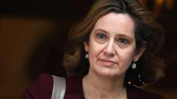 Британският вътрешен министър подаде оставка заради скандал с мигранти