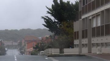 Бурята Амели взе жертва и остави без ток 23 000 домакинства във Франция