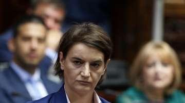 Предвиждат ръст на пенсиите и заплатите в Сърбия през тази година