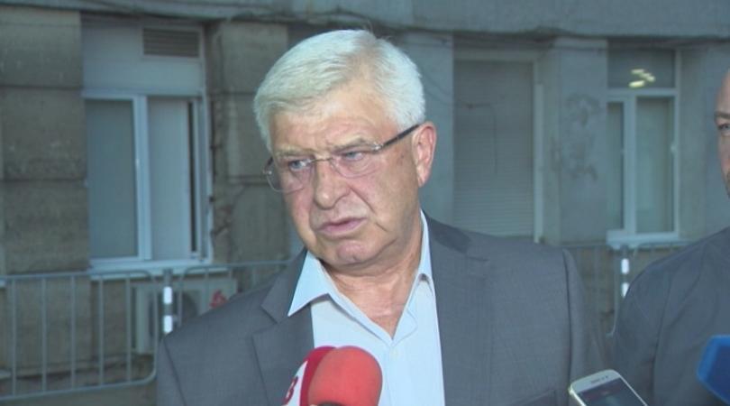 Положението е изключително тежко, заяви министърът на здравеопазването Кирил Ананиев