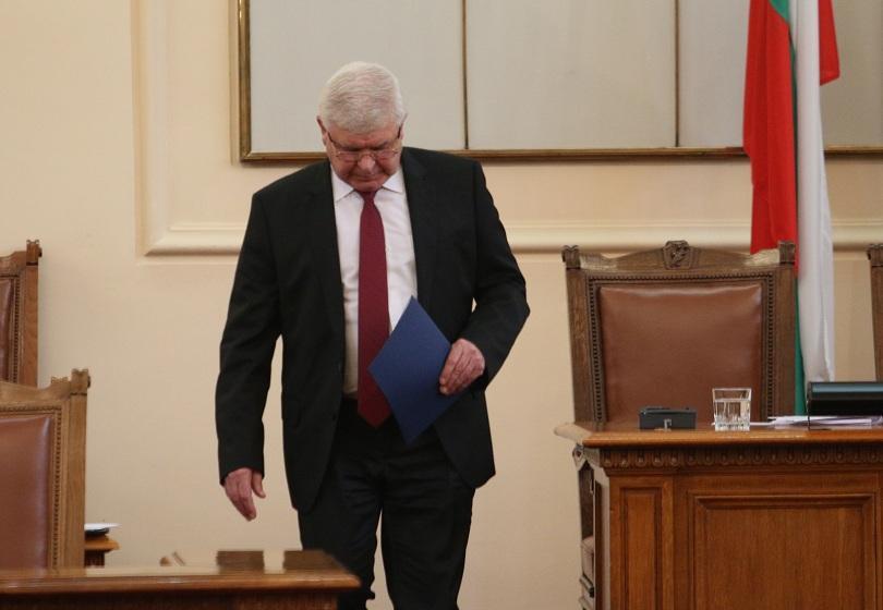 Кирил Ананиев ще предаде доклад на прокуратурата за агресията в Света Анна