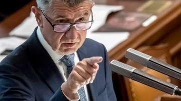 Чешкият премиер Бабиш оцеля след вота на недоверие