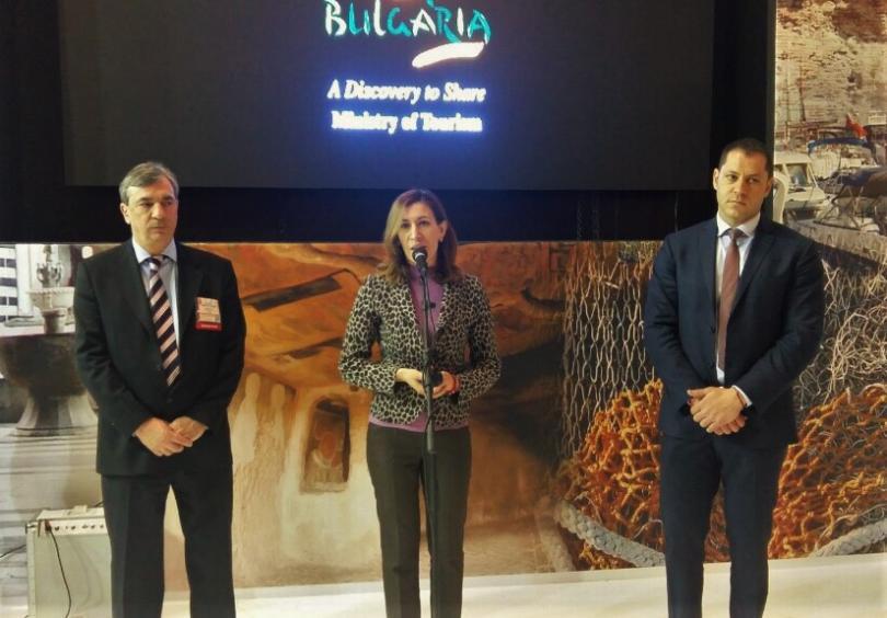 620 000 германски туристи посетили българия 2015