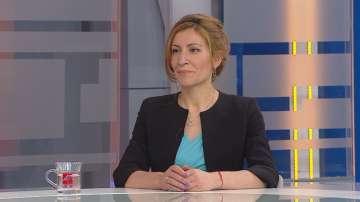 Ангелкова: Очакваме ръст на туристите около 7% през този летен сезон