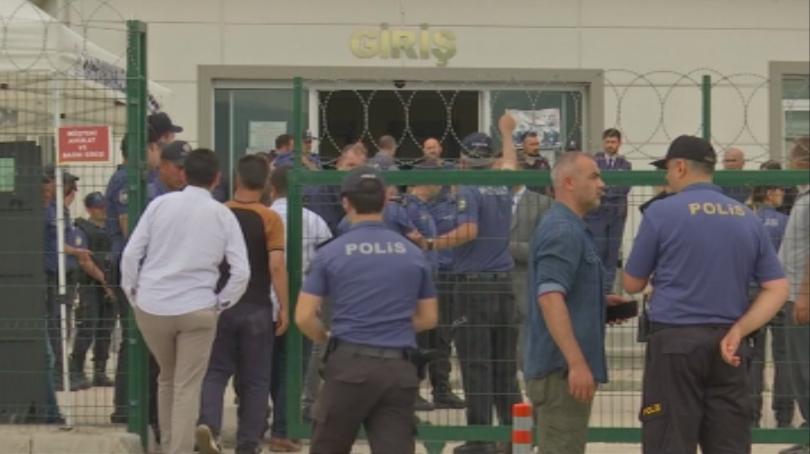 Доживотен затвор за 151 бивши турски офицери, участвали в опита