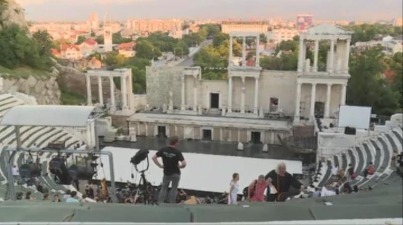 След броени минути на сцената на Античният театър в Пловдив