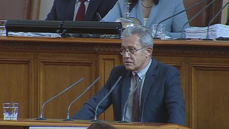 ДПС поиска оставката на Валери Симеонов
