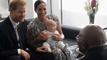 Кралското бебе Арчи направи първата си публична изява (СНИМКИ)