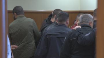 Съдът остави в ареста петимата задържани за телефонни измами