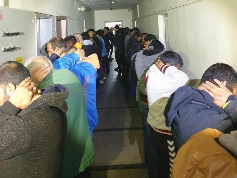 60 души са задържани при проведена специализирана полицейска операция тази