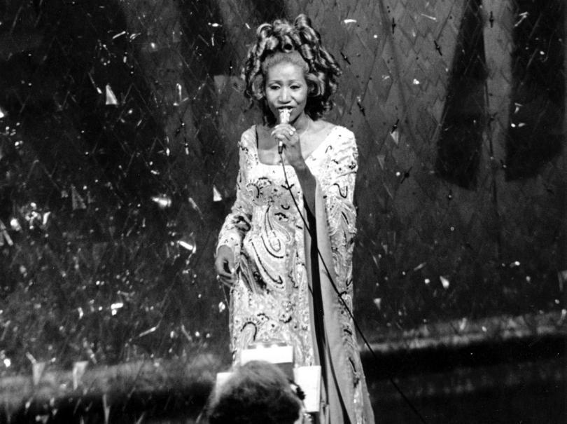 снимка 1 Почина кралицата на соул музиката Арета Франклин