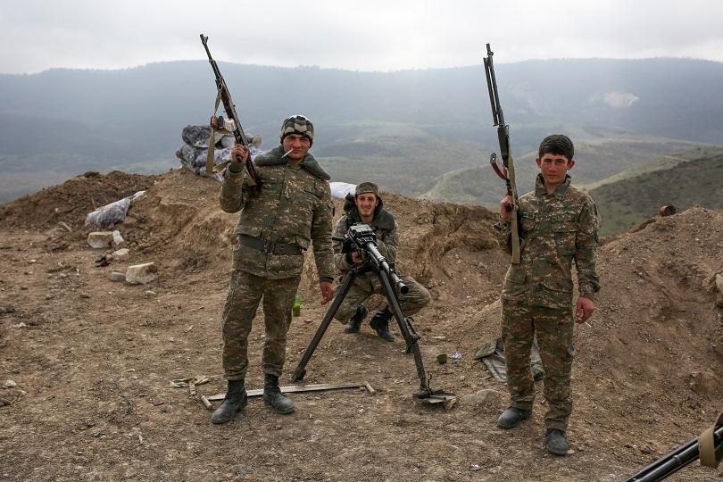 русия продължи продава оръжия армения азербайджан