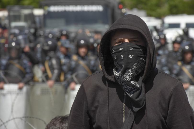 снимка 2 Сблъсъци и протести в Армения заради избора на премиер