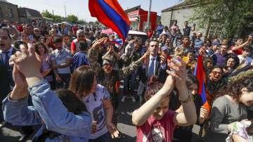 Политическата криза в Армения: призив на опозицията за гражданско неподчинение