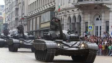 С най-мащабния парад от години беше отбелязан 6 май в София