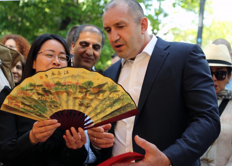 снимка 4 Румен Радев: Азиатските страни са естествен партньор на България (СНИМКИ)