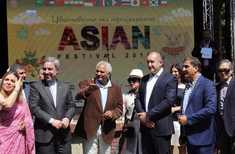 снимка 5 Румен Радев: Азиатските страни са естествен партньор на България (СНИМКИ)