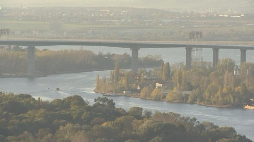 Две от фугите на Аспаруховия мост във Варна са в
