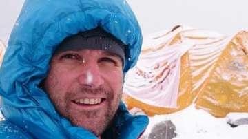 Атанас Скатов покори най-високите върхове на всички континенти