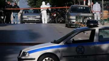 Взривно устройство избухна рано сутринта пред църква в Атина