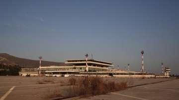 Проект за голям морски курорт на мястото на старо летище край Атина