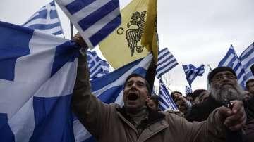 От нашите пратеници: Атина часове преди митинга за името на Македония