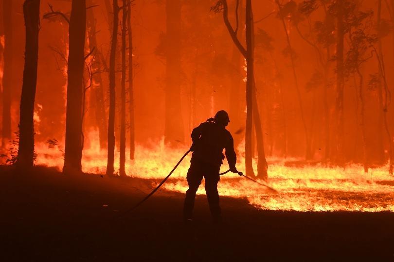 Разрастват се пожарите в Австралия
