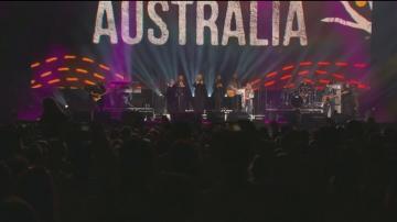 В Сидни събраха помощи за пострадалите от пожарите с 10-часов концерт