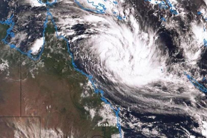 Евакуация в северна Австралия заради приближаването на мощния циклон Деби