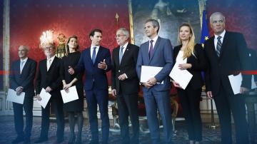 Австрийският президент назначи четиримата нови министри