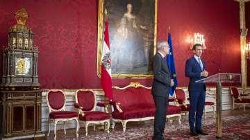 Избори през септември и нов вицеканцлер след политическия трус в Австрия