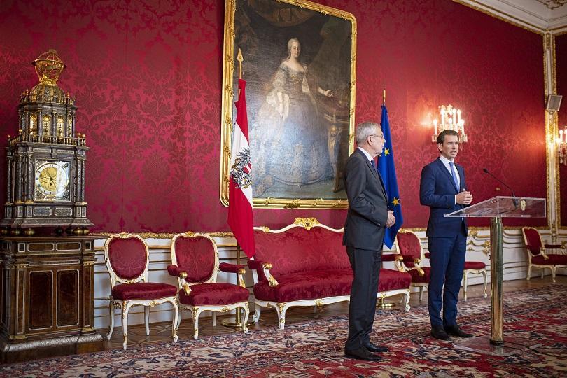 След краха на правителствената коалиция в Австрия, през септември предстоят