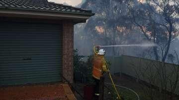 Готовност за масова евакуация заради бушуващите пожари в Австралия